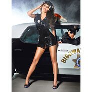 Baci Sexy Police Officer